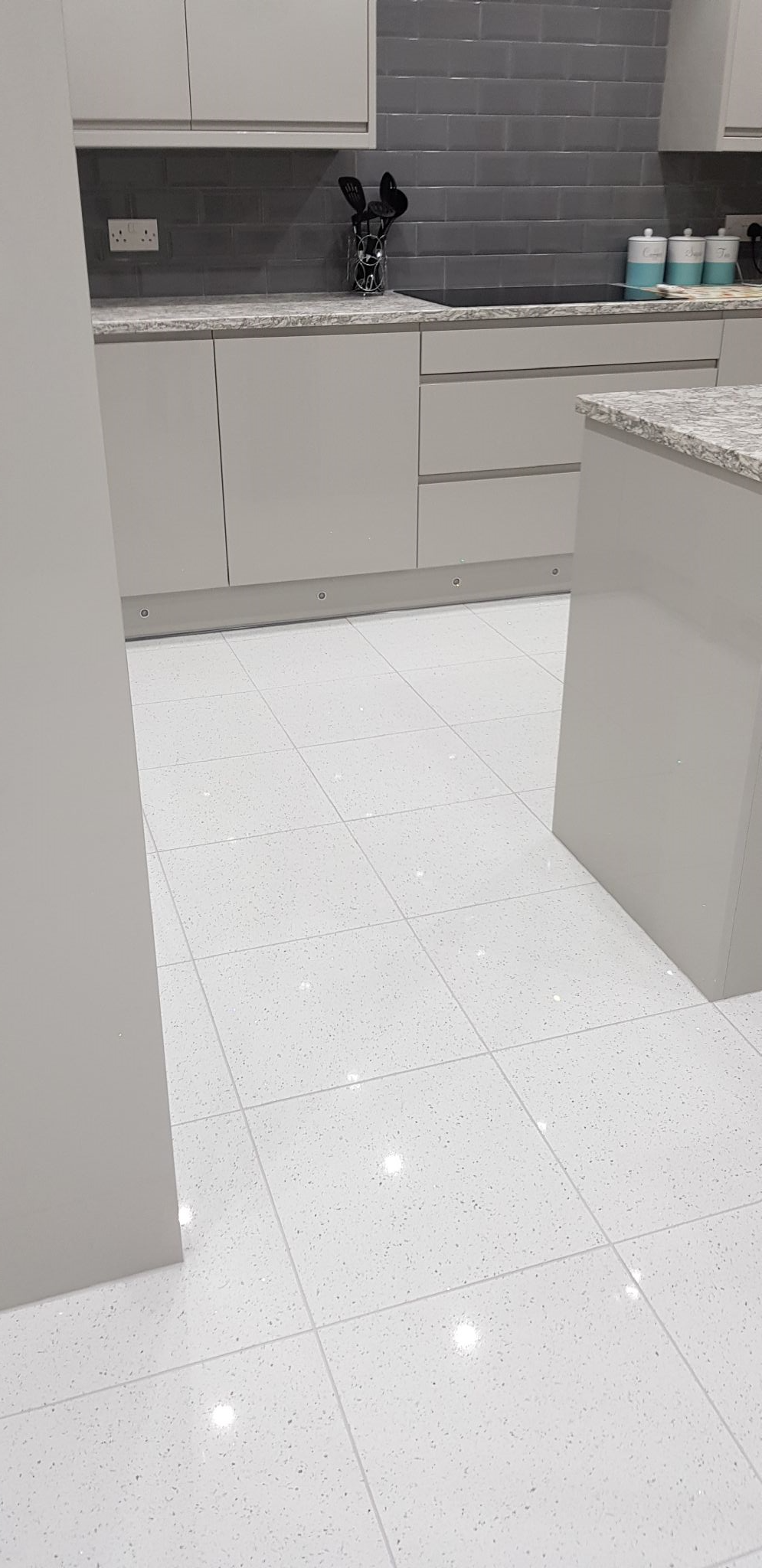 White Quartz Stardust Sparkle Glitter Tiles 300 Mm X